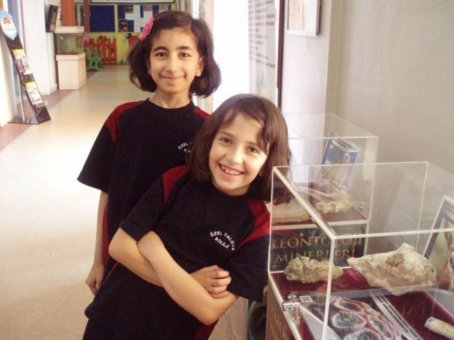 Okulumuzda Bilim ve Paleontoloji Sergisi