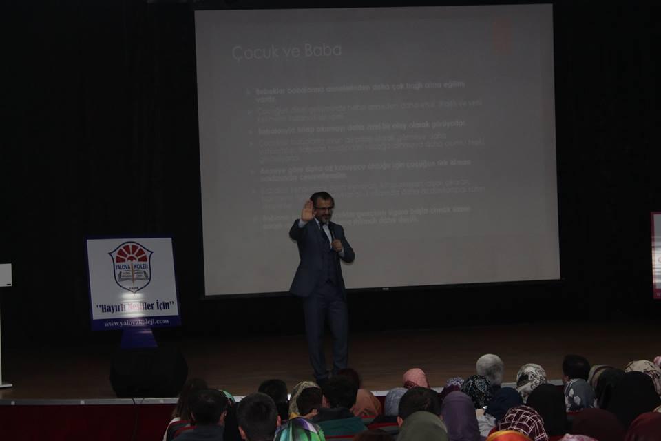 'Bilinçli Aile ve Hayırlı Nesiller' konulu seminer gerçekleştirildi.